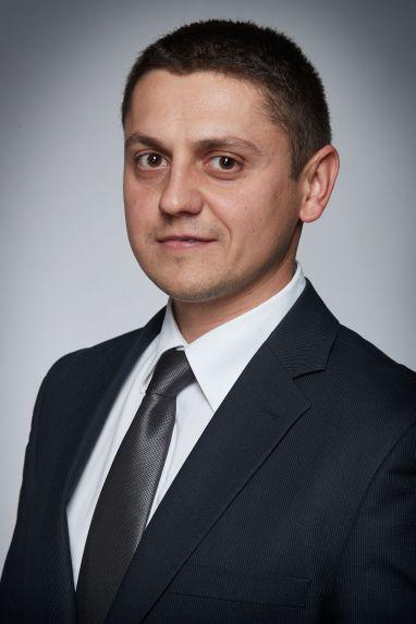 Димитър Бенев